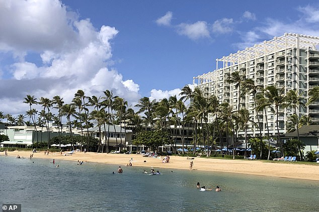 Hawaii offers free round-trip tickets to out-of-state remote workers