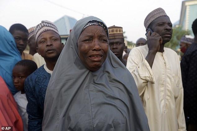 Hundreds of Nigerian schoolboys return after Boko Haram capture