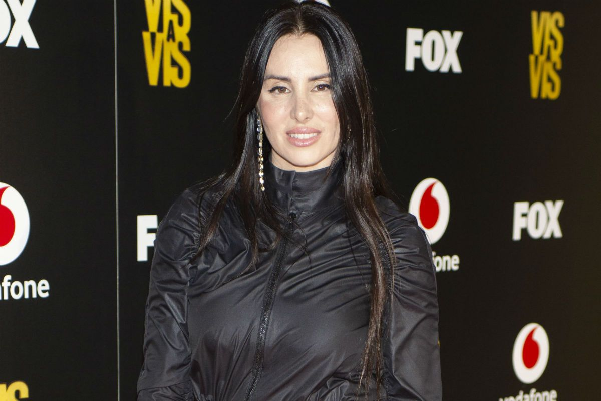 La Mala Rodríguez teaches too much when posing with her most low-cut dress | The opinion