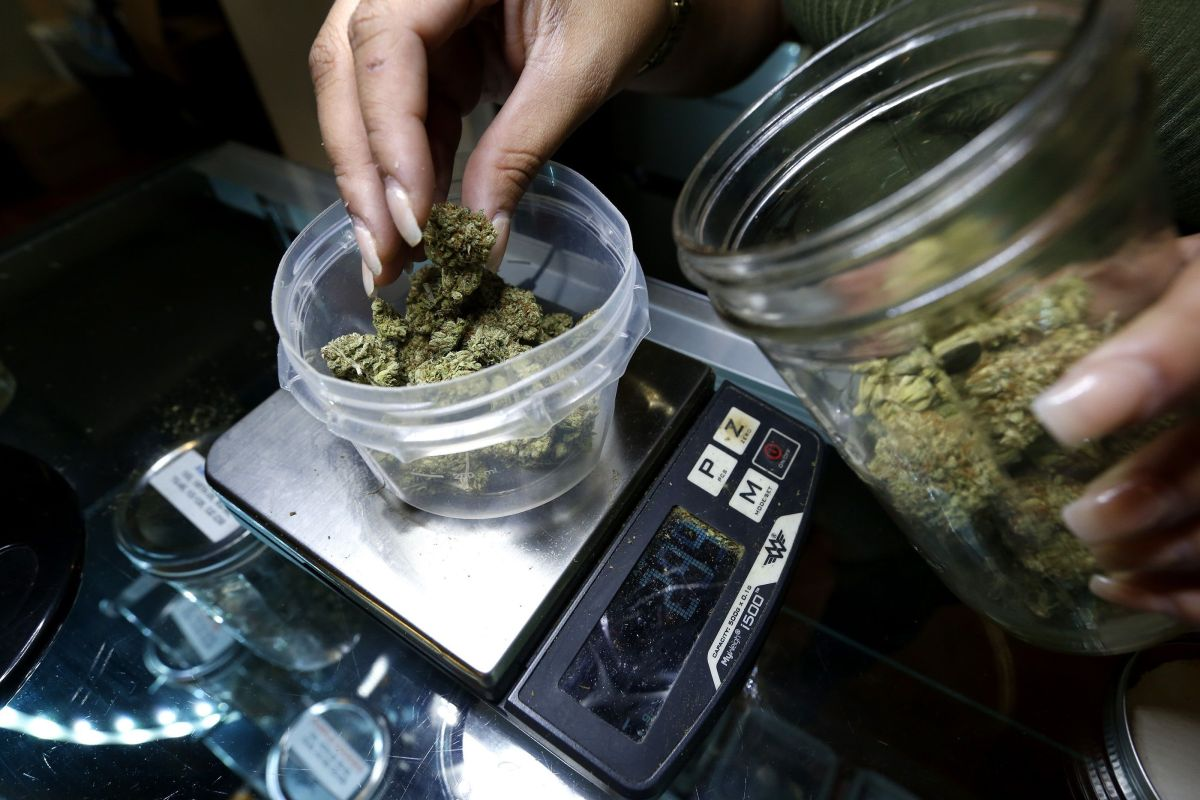 Lower House approves bill that would decriminalize marijuana in the US and eliminate previous convictions The State