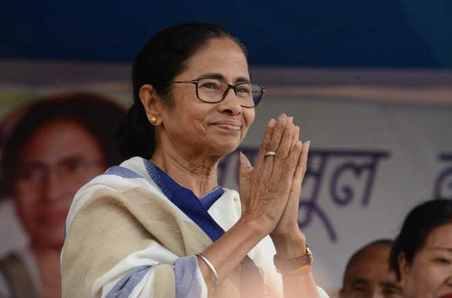 Mamata Banerjee breaks into dance at Kolkata event; says won't allow Bengal to become Gujarat