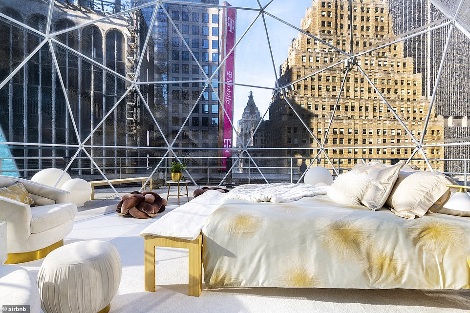 Mariah Carey to become an Airbnb host for New Year's Eve in New York's Times Square