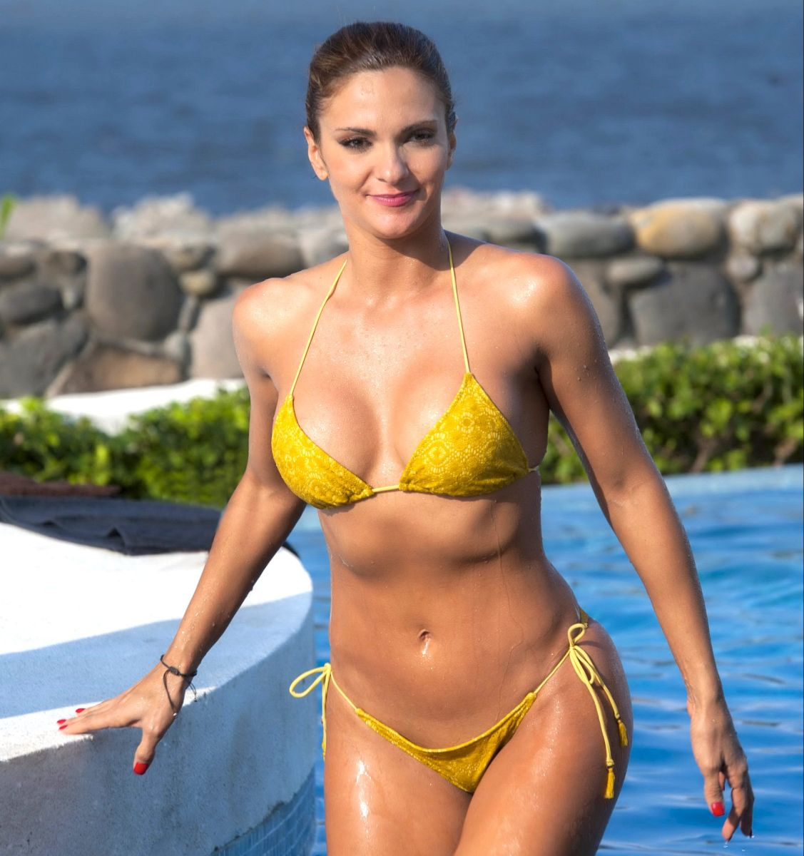 Mariana Seoane unleashes passions in a bikini in front of the mirror | The State