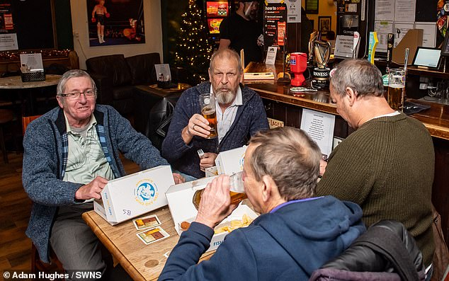 Landlords in Tier 2 areas can only sell alcoholic beverages with a 'substantial meal' under new rules which come into force in England today - so one Worcester pub is teaming up with a takeaway