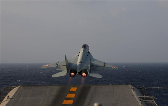 Navy rescue teams recover body believed to be of missing pilot near MiG-29K crash site