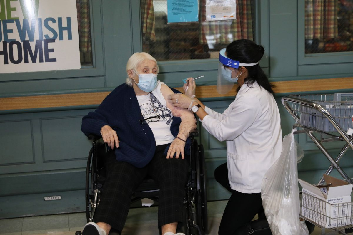 New York Starts COVID-19 Vaccination in Over 600 Nursing Homes | The State