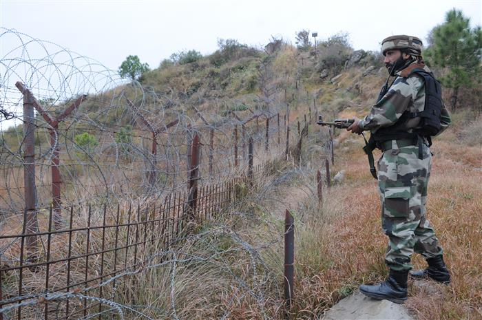 Pakistan violates ceasefire along IB in J-K's Kathua