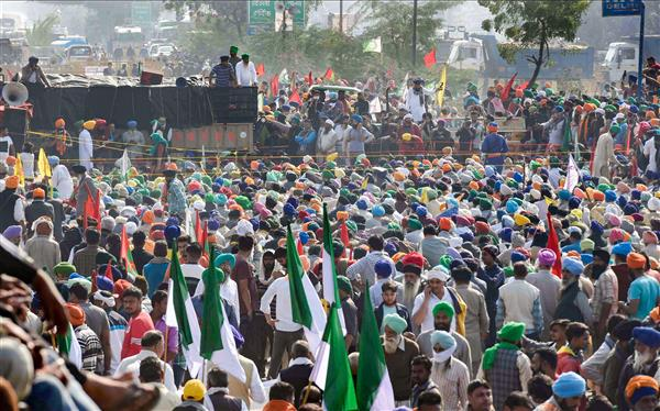 Protesting farmers call on people to back Bharat bandh