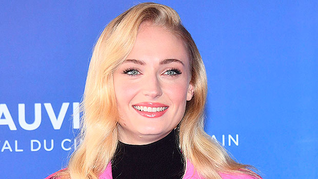 Sophie Turner Hilariously Sings Along To Mariah Carey's 'O Holy Night' As She Dubs The Singer Her 'Religion'