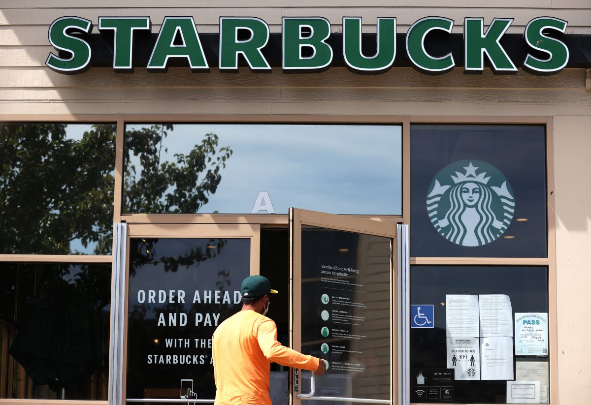 Starbucks plans to open 22,000 branches in the next 10 years | The State