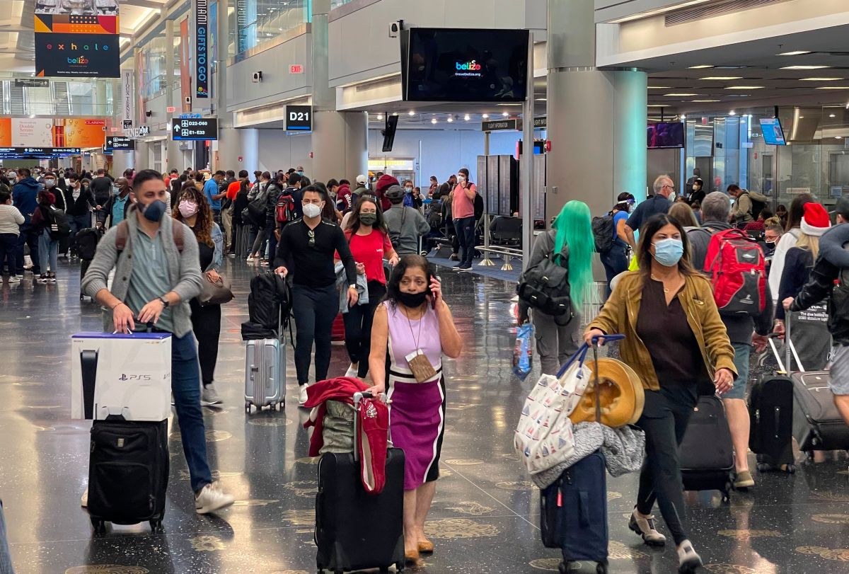 United States Sets New Pandemic Record for Number of Travelers on Christmas Day | The State