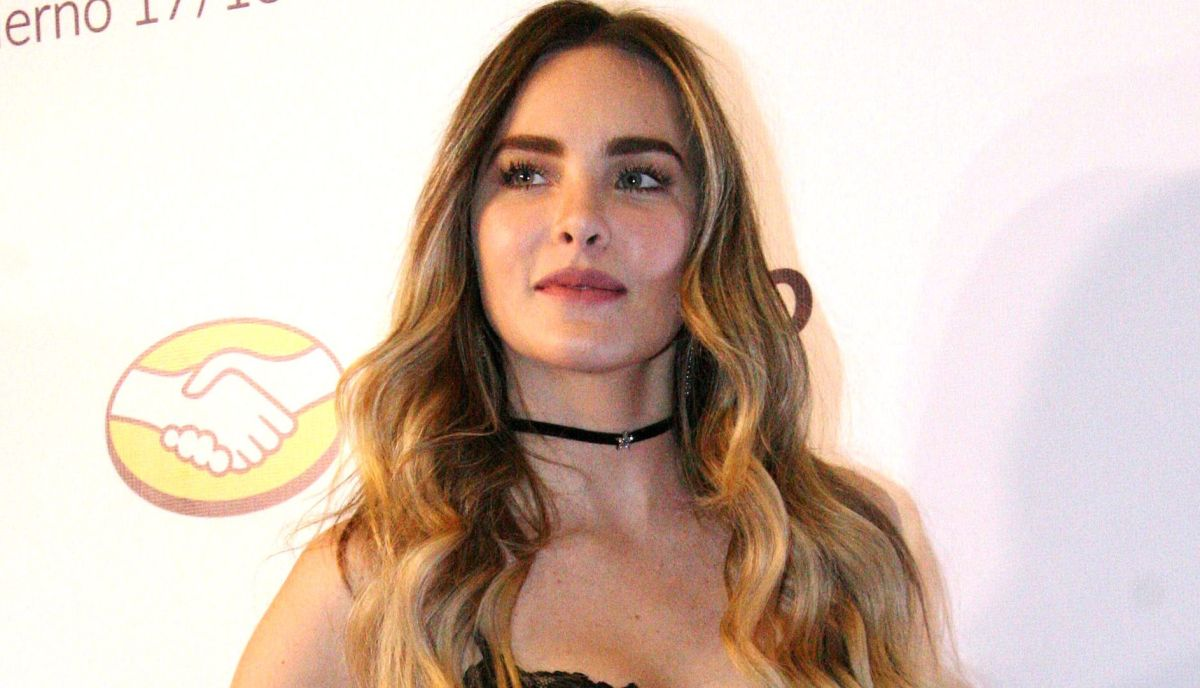 With a tight sporty outfit of leggings and top, Belinda reappears sexier than ever | The opinion