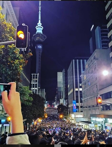 Huge crowds in Auckland