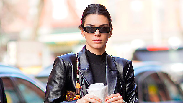 Kendall Jenner Snowboards Down A Mountain Like A Pro While Vacationing In Aspen — Watch