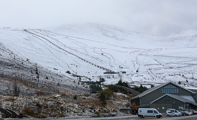 Cairngorm Mountain resort remains shut, after Scotland announced a further2,464 new cases of Covid-19 on Sunday