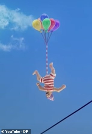 At one point, in a scene reminiscent of the film Up, John finds himself floating in the air over the town thanks to a set of colourful balloons tied to his tackle