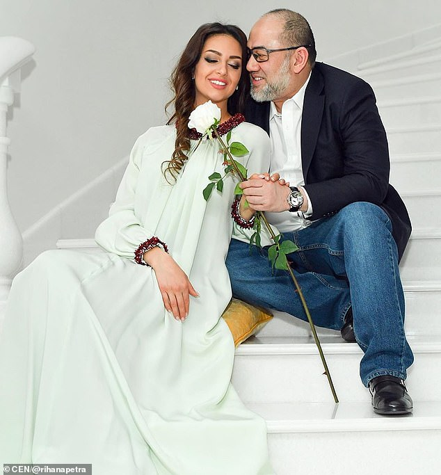 Oksana and her former husband the Sultan Muhammad V of Kelantan are at war after their ill-fated and short-lived marriage