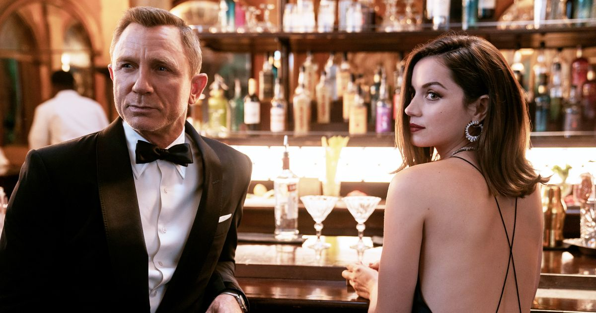 James Bond film No Time To Die 'likely to delay release from April to Autumn'