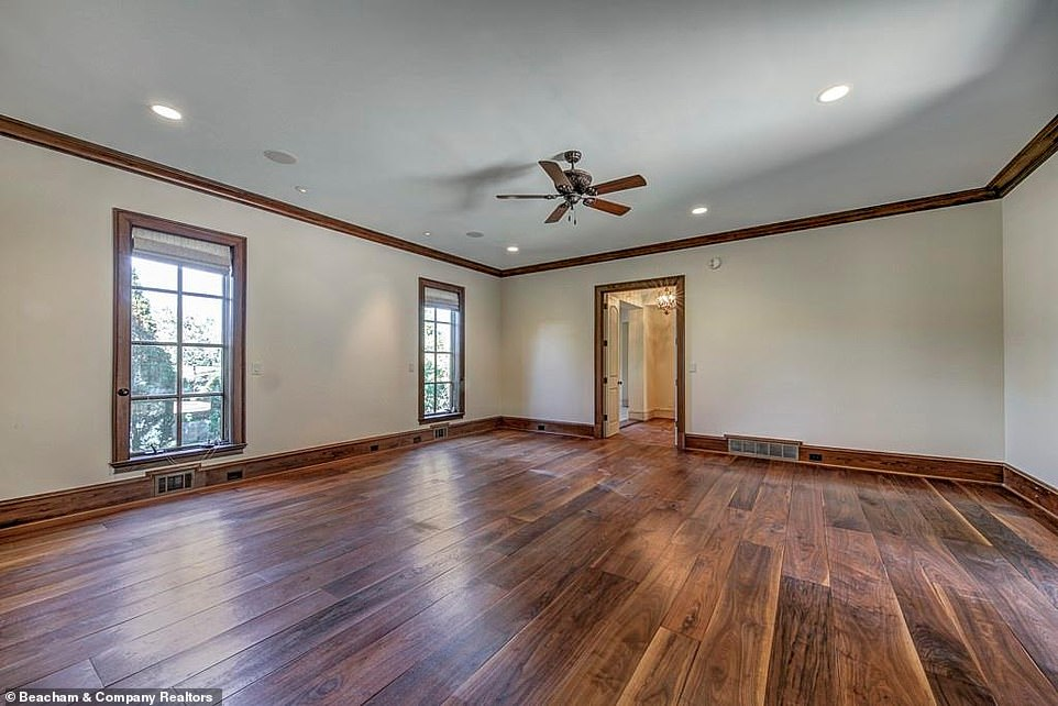 The last detail:A good deal of the main building, which is less than an hour's drive from the Atlanta Airport, has wide plank old growth walnut flooring