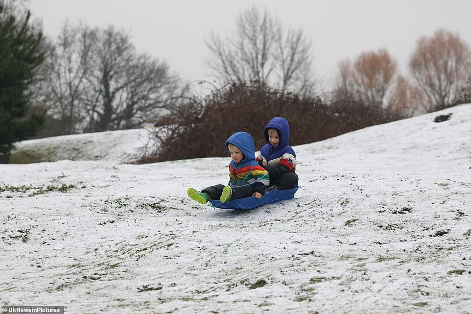 Parts of Kent woke up to the white stuff this morning. Yesterday the Met Office issued a yellow weather warning for snow and ice and warned motorists to take extra care on roads