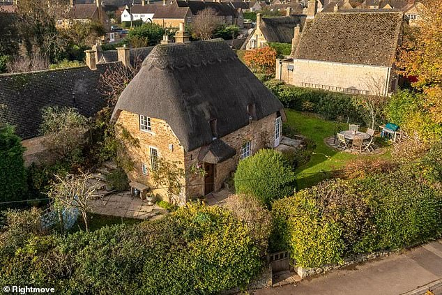 This two-bedroom cottage in Chipping Campden, Gloucestershire, is for sale for £555,000