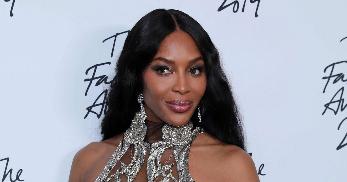 Naomi Campbell shares top tip for quitting smoking as she keeps NY resolution