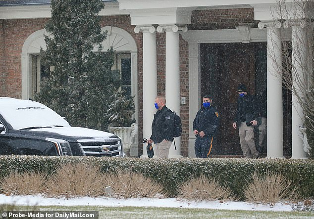 Four officers with the Bergen County Prosecutor's Office and Alpine Police Department were seen arriving at the Conway family's mansion in Alpine
