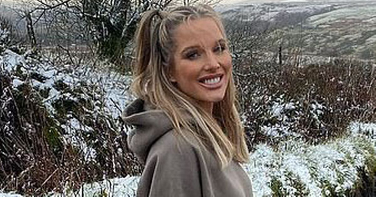 Helen Flanagan radiates with eight-month bump while admitting 'mum guilt'