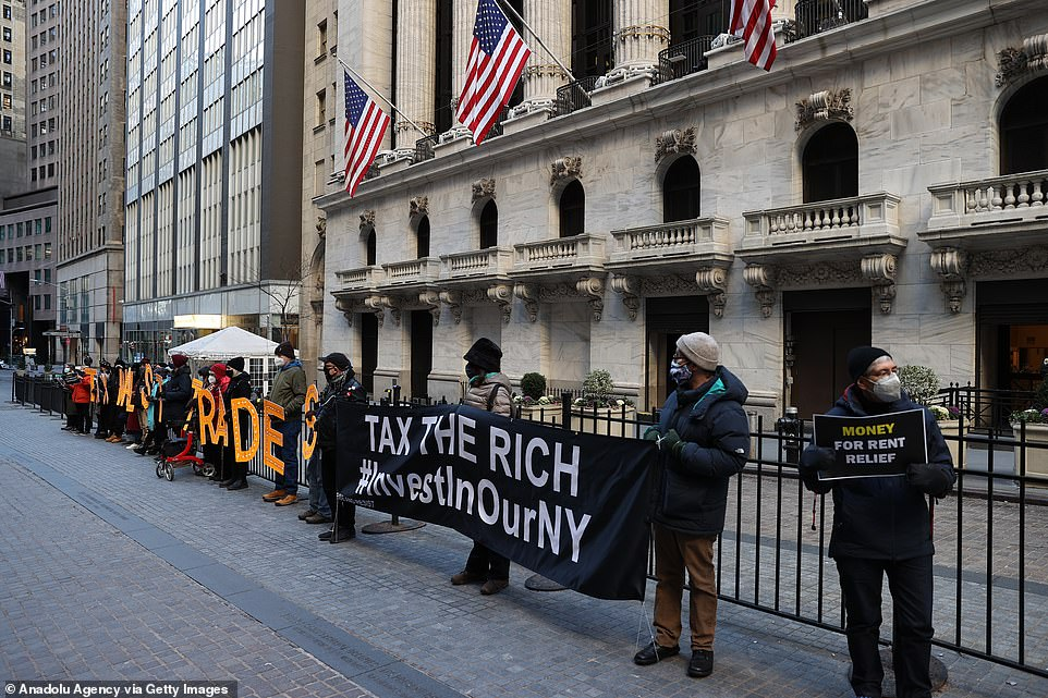 Demonstrators expressed their anger at the Robinhood saga and called for higher taxes on Wall Street