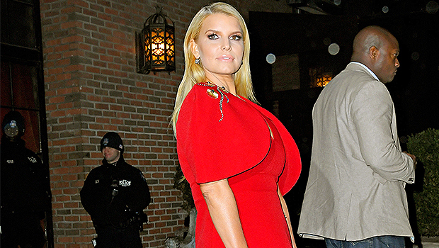 Jessica Simpson Jokes About Her 'Chicken Of The Sea' Flub On 'Newlyweds' 17 Years After Mix-Up
