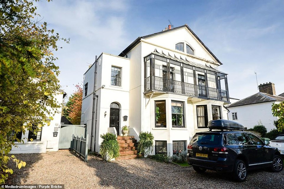 A:£1.15m Georgian four-bed used as a photoshoot spot is still up for sale after a year on the market