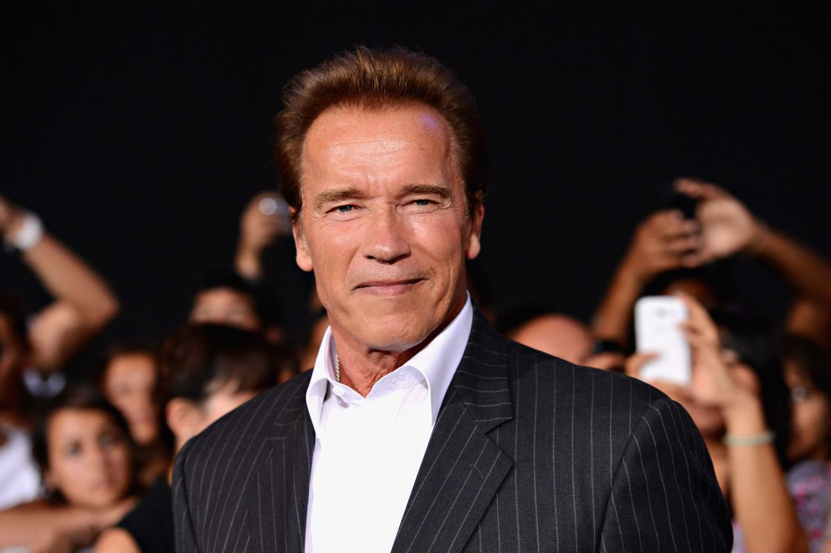 Arnold Schwarzenegger shares video receiving COVID-19 vaccine and sends message | The State