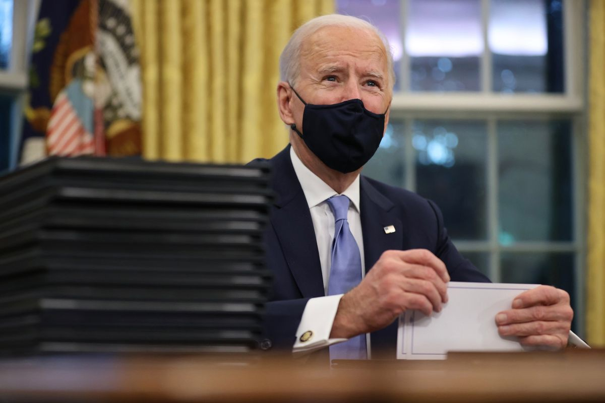 Biden Administration Advances Third Stimulus Check Plan With Senators From Both Parties | The State