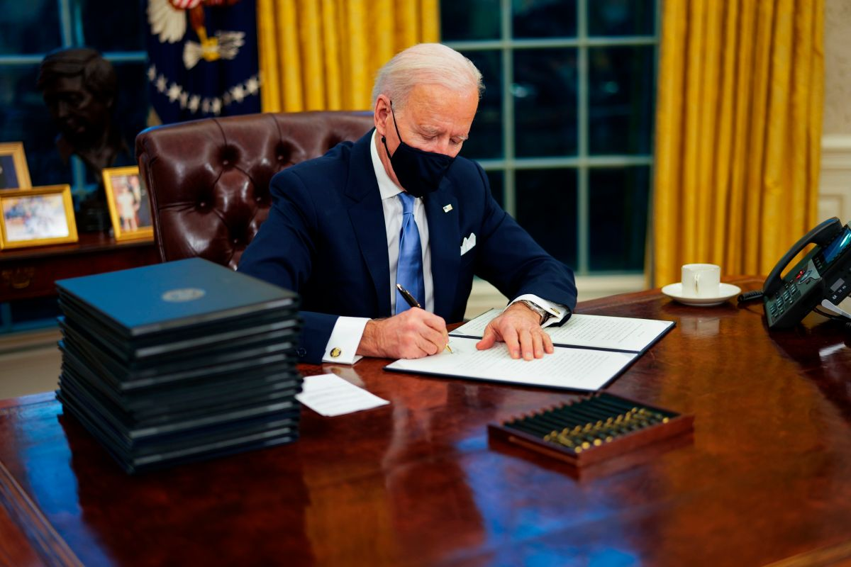 Biden Expands Food Aid and Takes First Steps Toward $ 15 an Hour Minimum Wage | The State