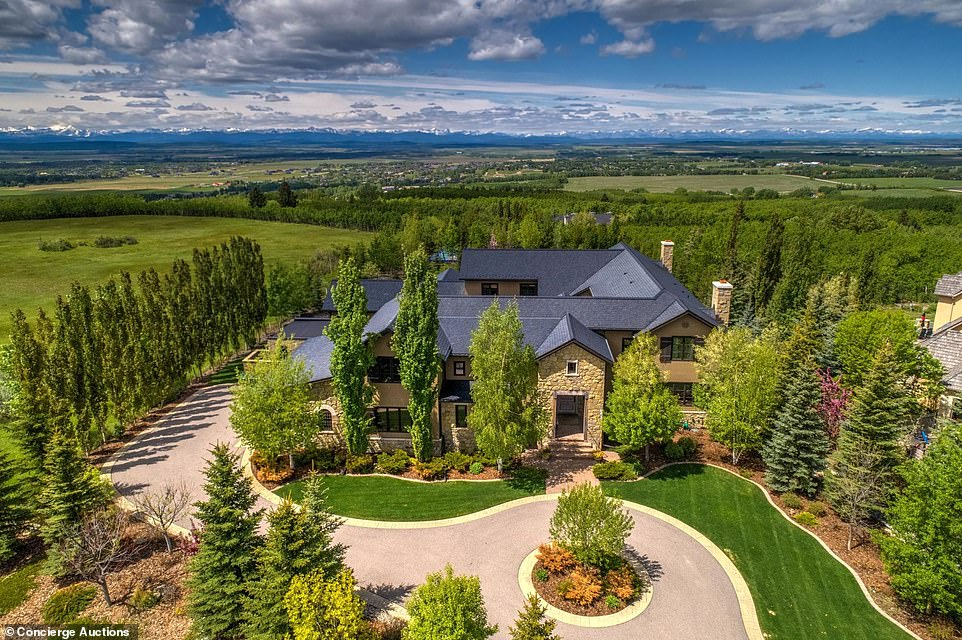 Calgary mansion that was home to Leonardo DiCaprio set to fetch $6.6 million