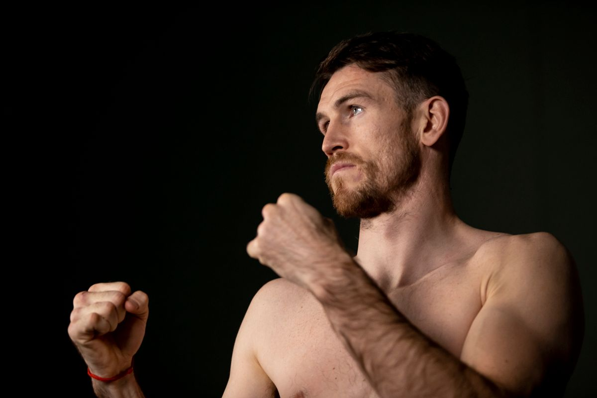 "Callum Smith praised ""Canelo"" Álvarez: ""No one could defeat him now"" 