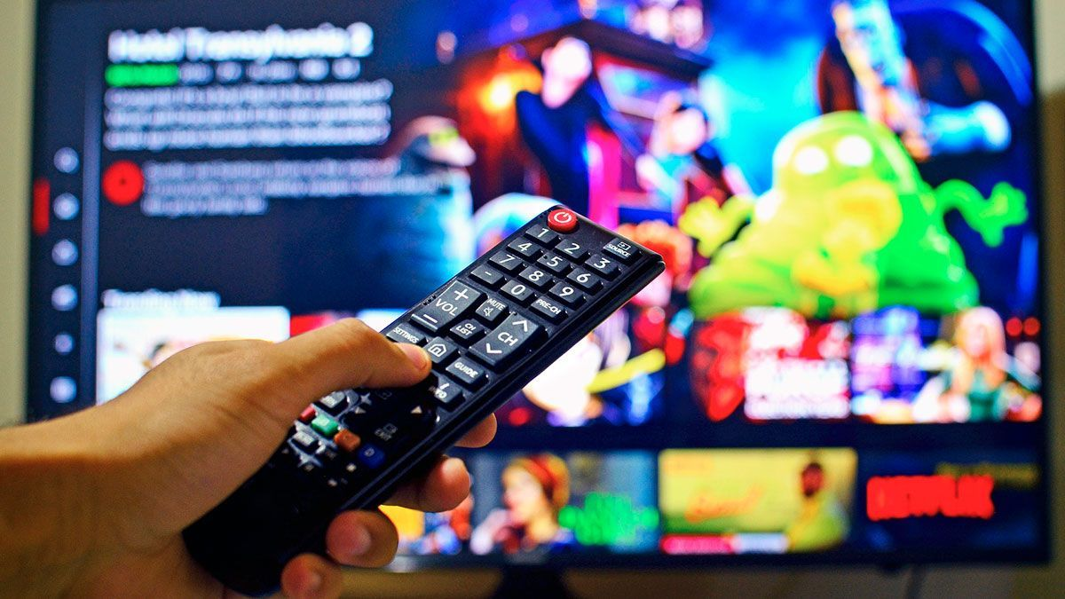 Company pays you $ 500 just to watch Netflix and eat pizza | The State