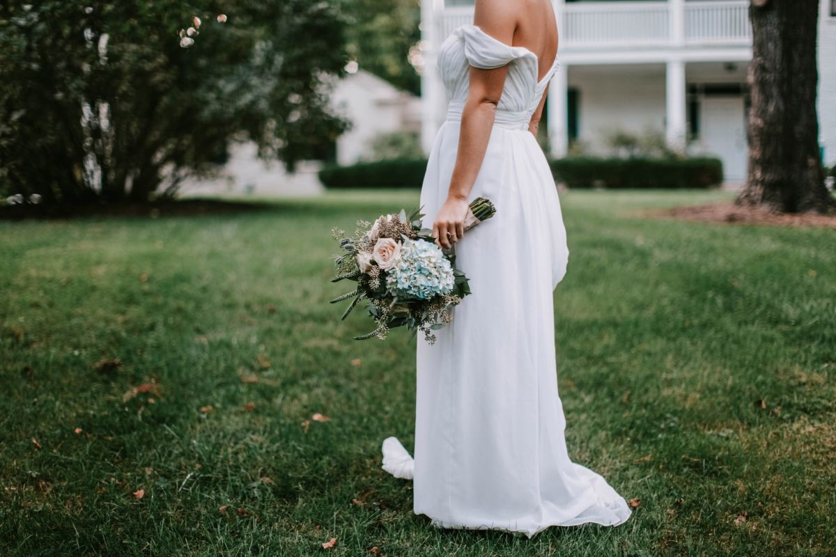 Her boyfriend ran away from the wedding and ended up marrying one of the guests | The State