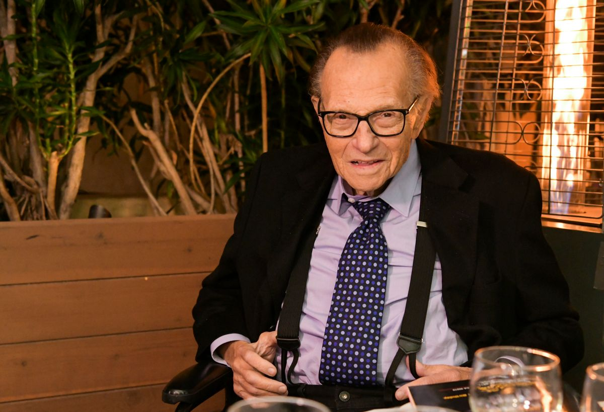 Iconic TV host Larry King has been hospitalized with COVID-19 for 10 days