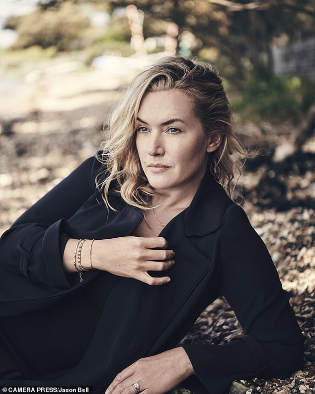 Kate Winslet denies love scene with Saoirse Ronan in new movie is 'controversial'