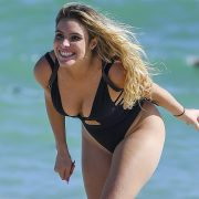 """Lele Pons turned her back and showed her imposing thong from a """"dream"""" place   The State"""