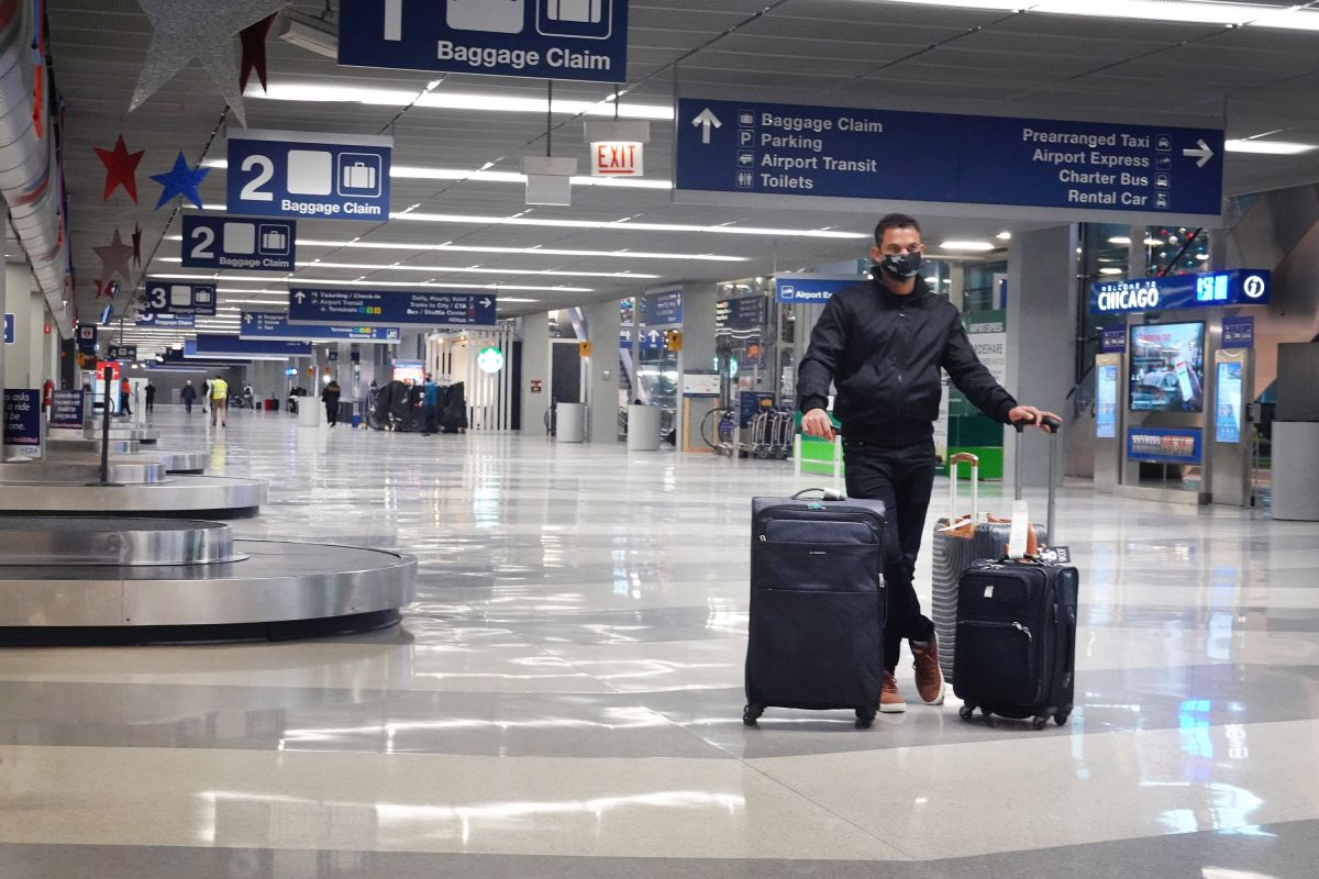 Man lived for three months in Chicago international airport due to the coronavirus and nobody noticed | The State