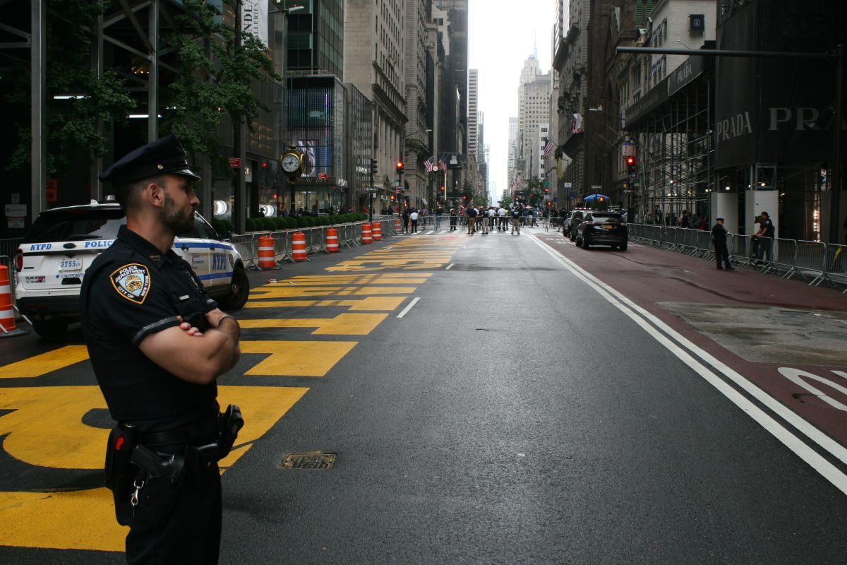 "NYPD Reiterates ""No Credible Threats"" of Violence in the Big Apple Ahead of Biden's Swearing In 