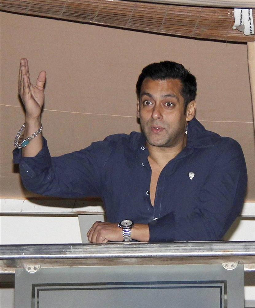 Poaching case: Jodhpur court asks Salman Khan to appear before it on February 6