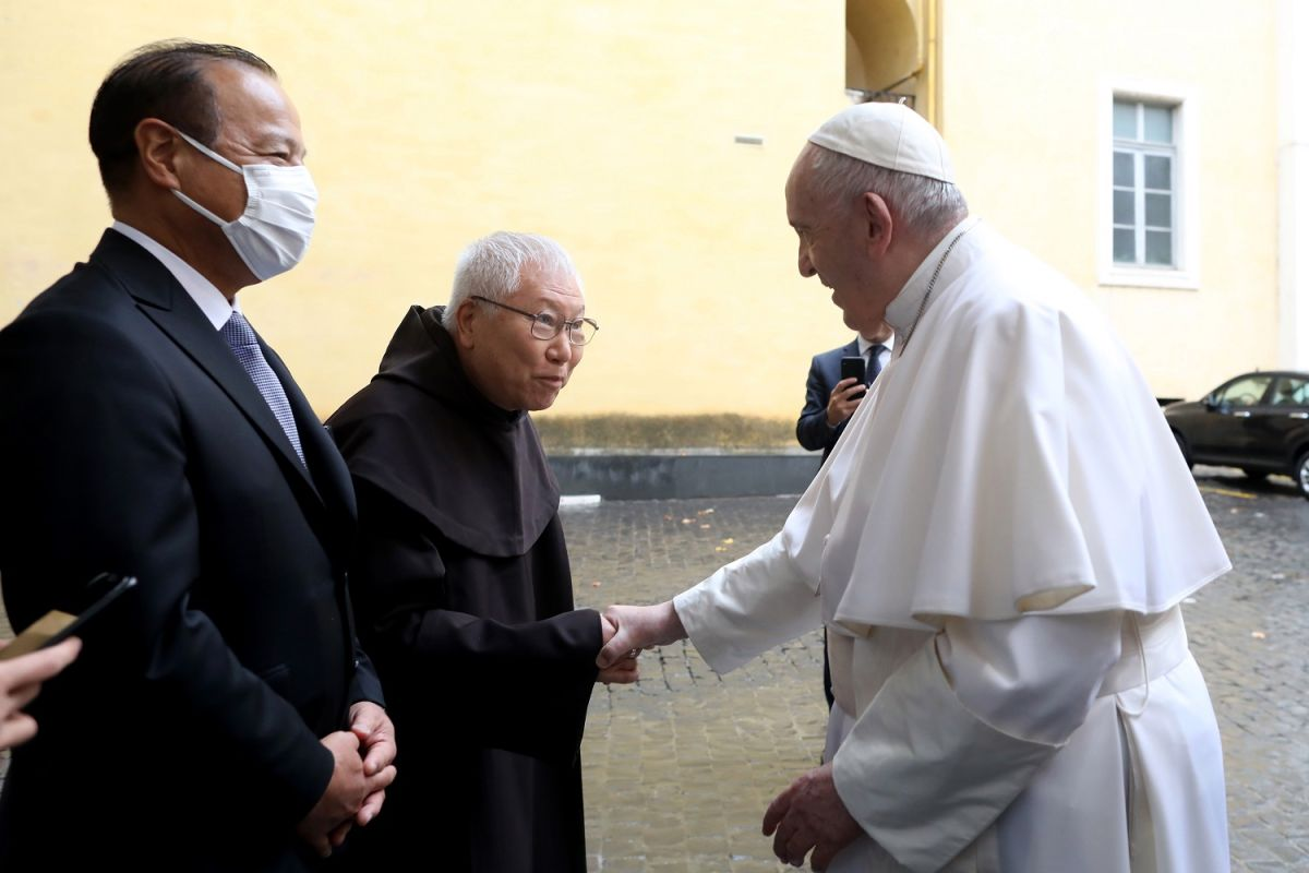 Pope Francis' personal physician died of COVID-19 | The State