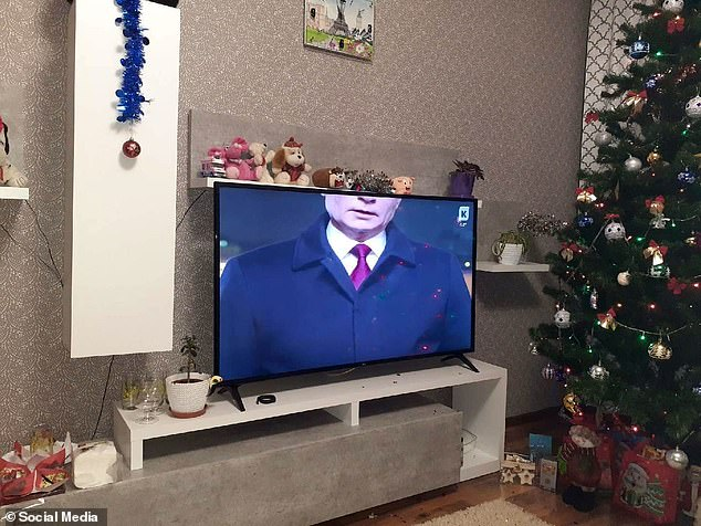 Russian TV bosses will be 'punished' after Putin's New Year message aired with half his head cut off