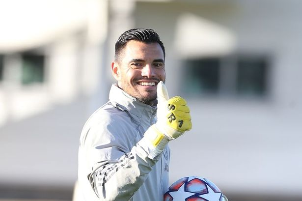 Sergio Romero has reportedly said his goodbyes to the staff at Manchester United