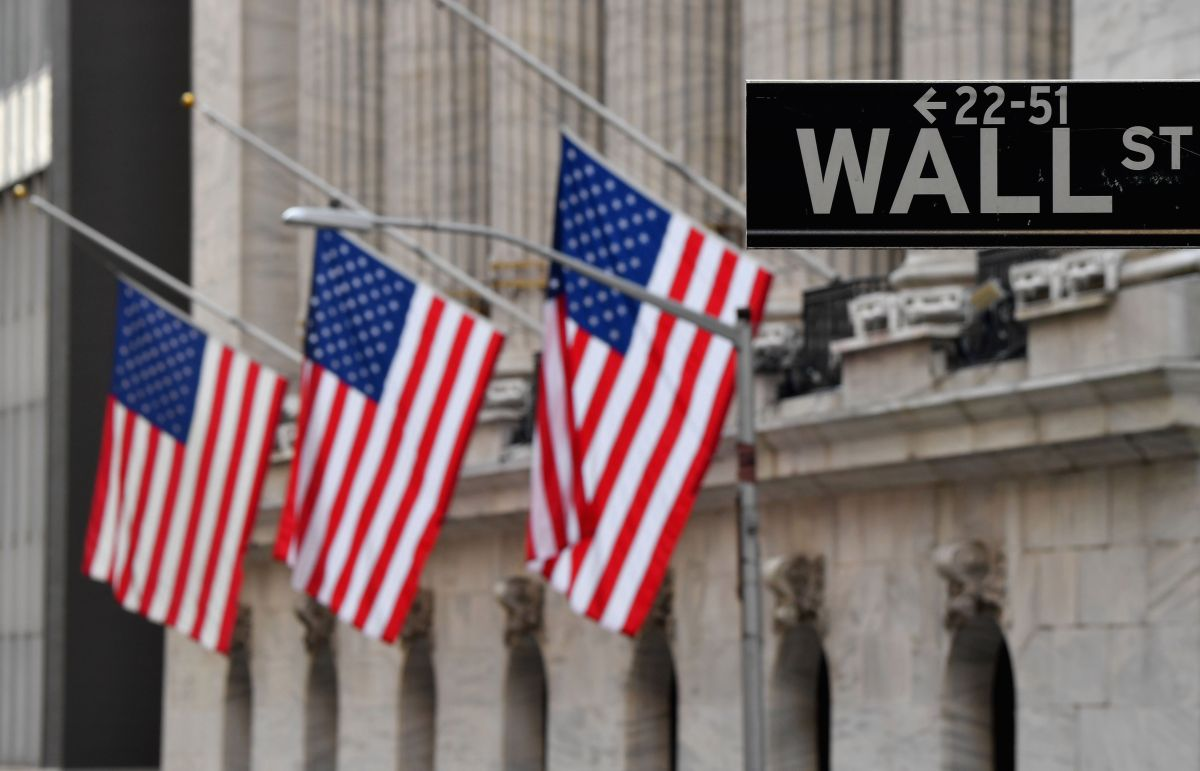 Stock Markets Respond Positively on Biden's First Day in Office | The State