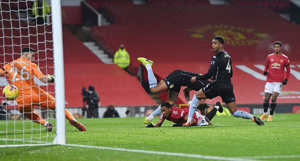 Anthony Martial stoops low to head United ahead