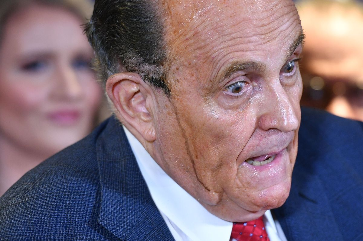 Trump backhanded Rudy Giuliani for 'impeachment' | The State